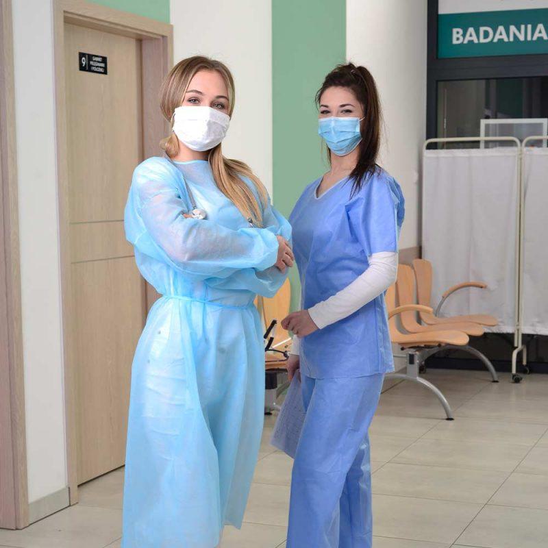niebieska maseczka medyczna chirurgiczna medivon mdv 4420 typ ii 3 warstwowa 50 szt 8 vat tlo 002